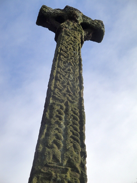 Gosforth cross close-up 21